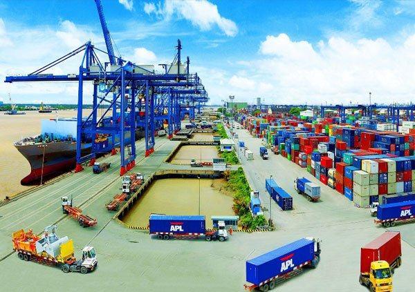 Vận chuyển hàng từ cảng Cát Lái về Hà Nội